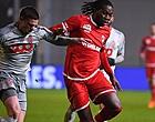 Foto: Un seul détail sépare Mbokani d'un retour à Anderlecht