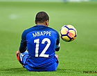 Foto: Thiago Silva fait un cadeau à Mbappé: tout le vestiaire se marre [VIDEO]