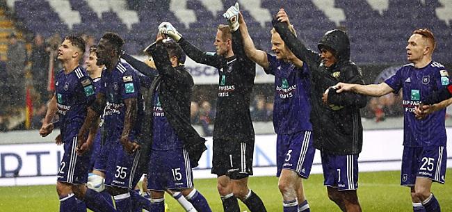 Foto: L'attaquant refuse Séville et signe avec Anderlecht