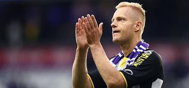 Foto: Anderlecht champion ou Lokeren sauvé? Deschacht a fait son choix