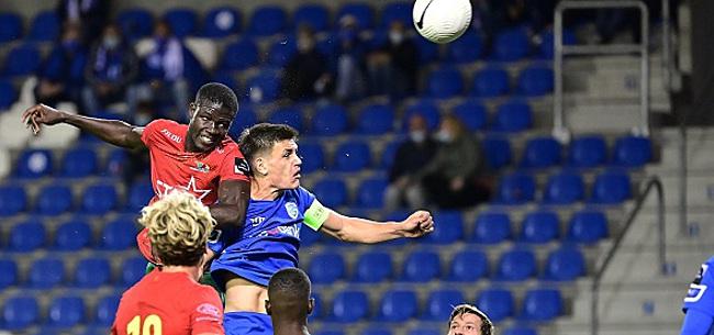 Foto: Du spectacle entre Genk et Ostende, quatre buts et un exclu