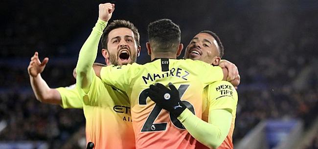 Foto: Trois Diables sur la pelouse lors du succès de City à Leicester