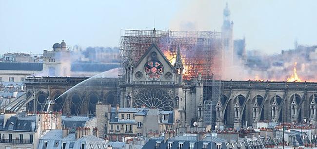 Foto: Le monde du foot apporte son soutien aux Parisiens