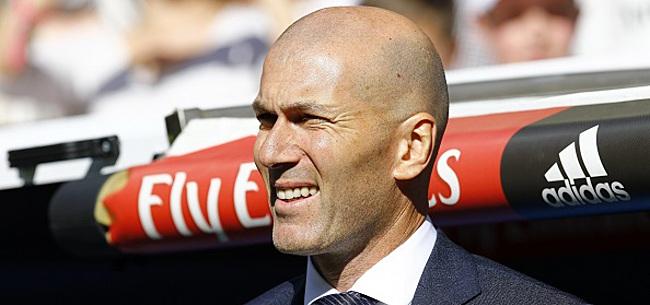 Foto: Zidane tient son numéro 9 :