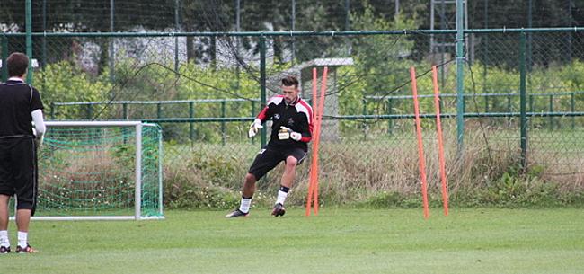 Foto: Après Bolat, un autre ancien gardien du Standard se verrait bien revenir en Belgique