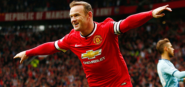 Foto: Sir Bobby Charlton rejoint par Rooney: sa réaction et celle de Ferguson [VIDEO]