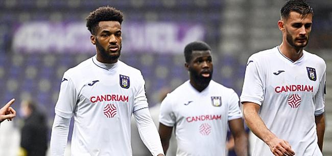 Foto: Anderlecht donne des nouvelles de Delcroix: C'est grave ?