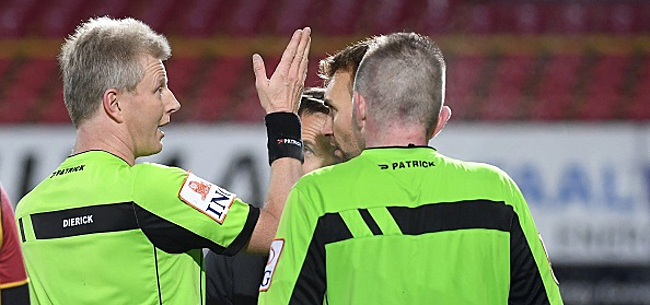 Foto:  La première édition du règlement du football vendue pour plus de 650.000 euros