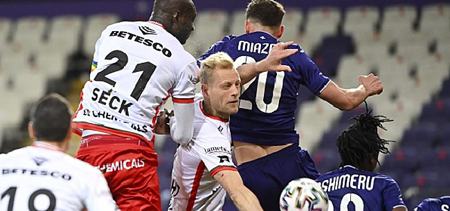 Foto: Deschacht a attiré l'attention d'Anderlecht