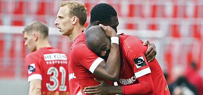 Foto: Lamkel Zé se dispute avec des supporters de l'Antwerp