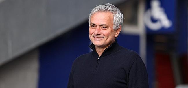 Foto: Mourinho à fond derrière un Diable: