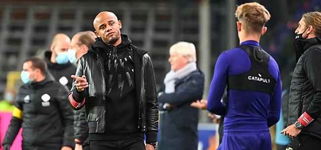 Foto: Un Anderlechtois a du présenter ses excuses au groupe