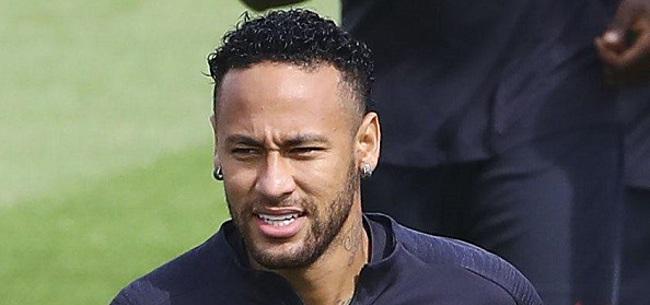 Foto: Neymar surfe sur des sites illégaux