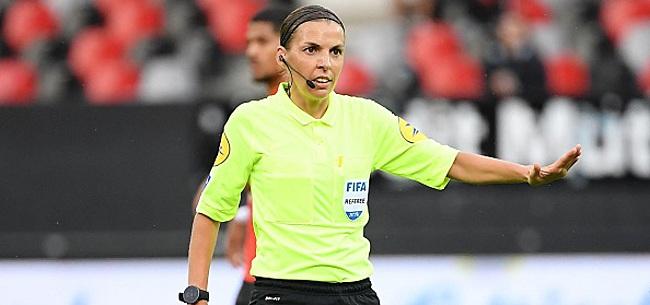 Foto: HISTORIQUE Une femme arbitre en Ligue des Champions