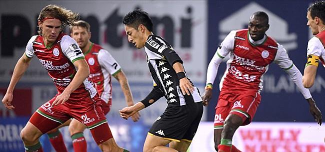 Foto: Un joueur de l'AS Roma arrive à Zulte-Waregem