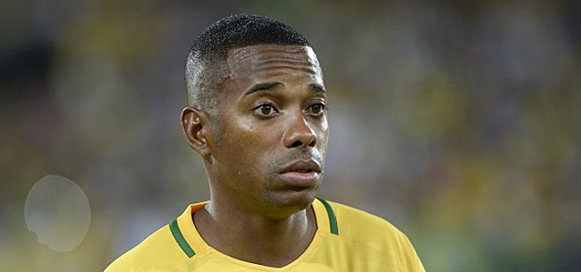 Foto: Santos a viré Robinho: ce que femme veut...